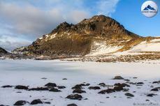 Laguna Raquel y el Cerro Negro