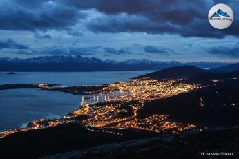 panoramica ushuaia noche